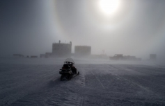 Whiteout a Concordia, foto di C. Cesaroni, (c)PNRA,(c)IPEV